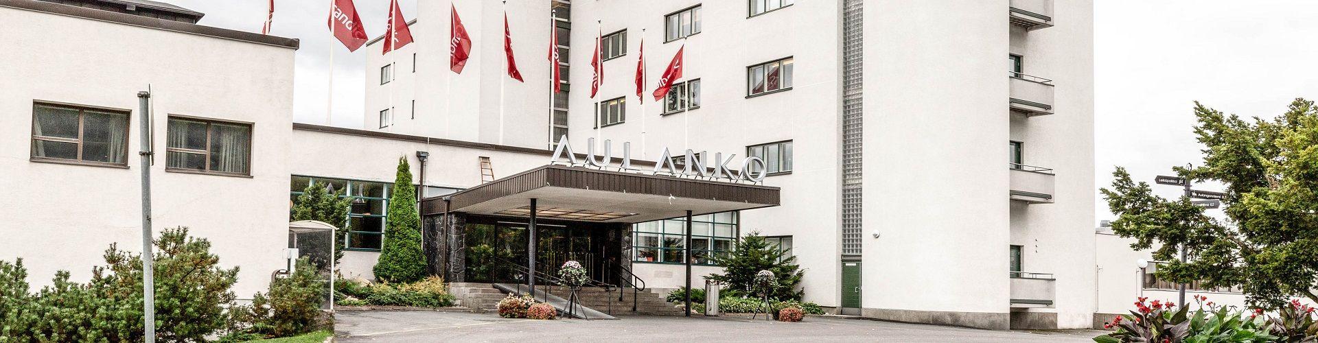 Hotelli & Green fee-paketit
